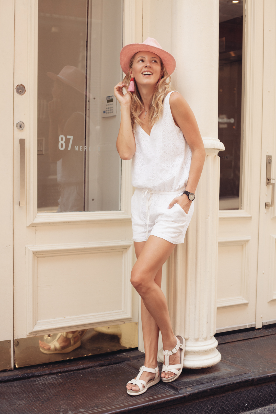 allbuenothings-hushpuppies-comfort-shoes-sandals-boots
