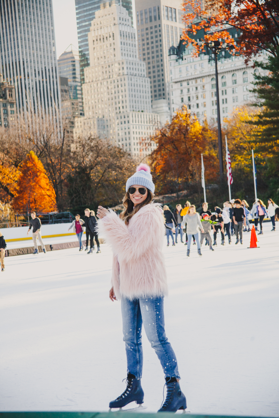 allbuenothings-new-york-ice-skating-rink-blogger-ootd-central-park